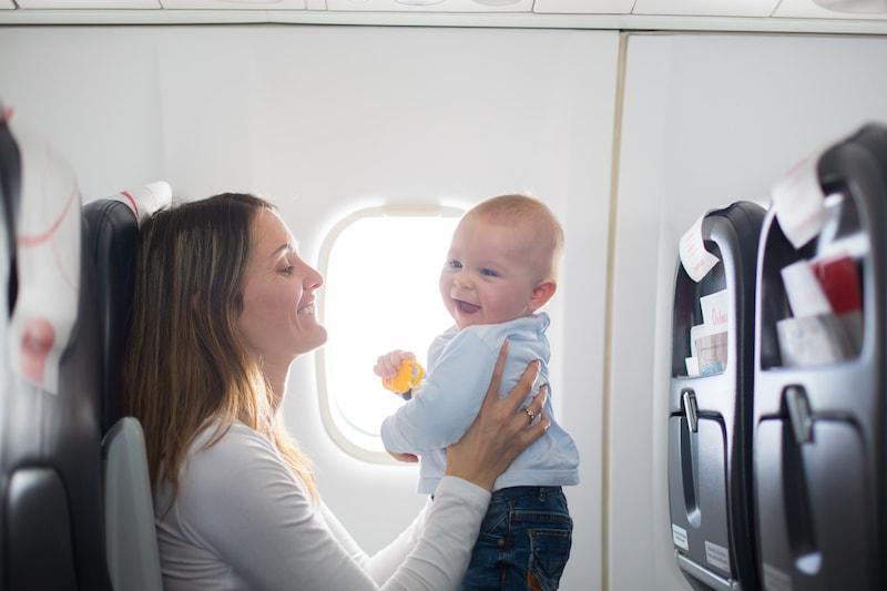 conseils-bebe-avion